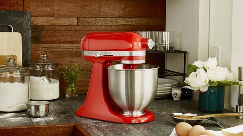 Why You Should Choose Your Stand Mixer Carefully